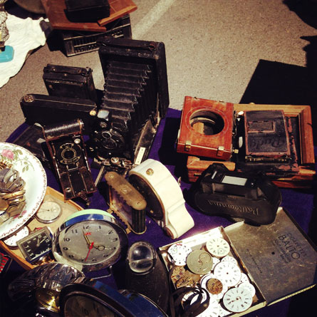Flea market looking for products www.mr-cup.com