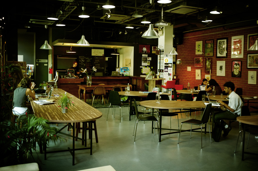 The Hub coworking space of Singapore by www.mr-cup.com