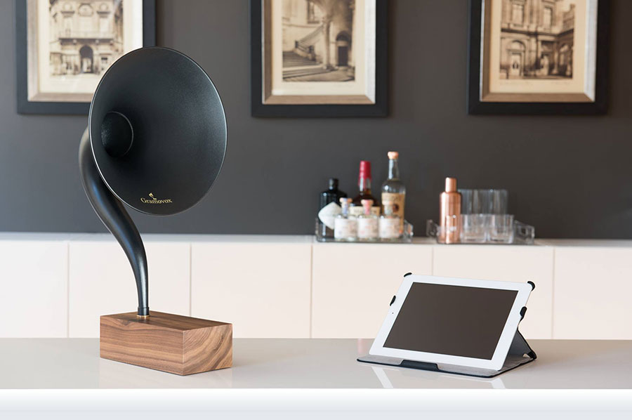 Gramovox via www.mr-cup.com
