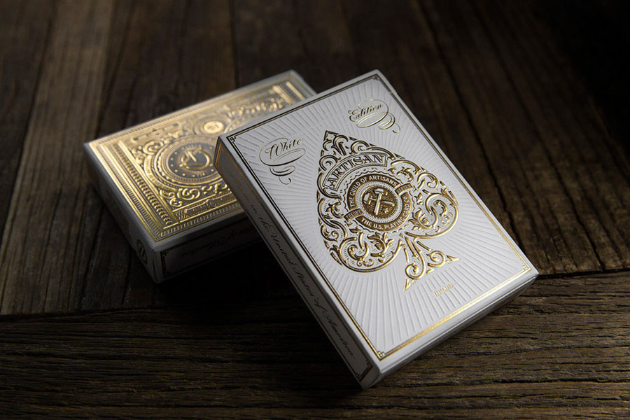 artisans box playing cards deck via www.mr-cup.com