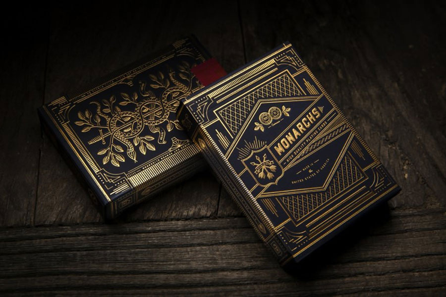 Monarch playing cards deck via www.mr-cup.com