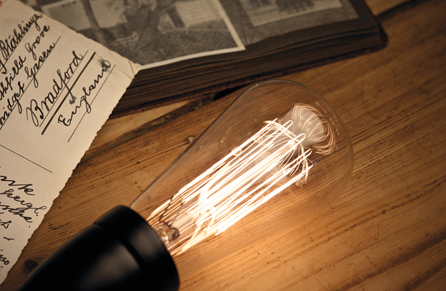 Edisson light bulbs via www.mr-cup.com